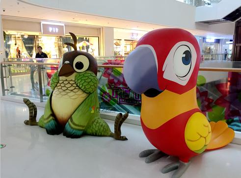 购物中心q版雕塑